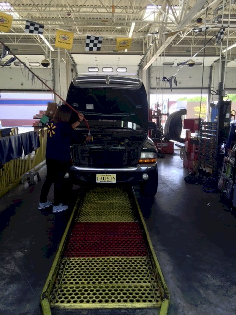 Quaker Oil change 1b