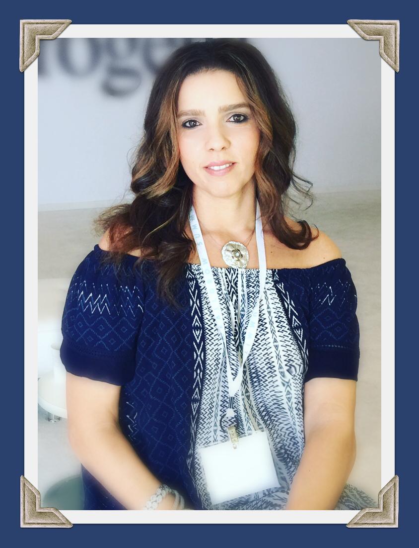 Beauty Blogger Trendy Latina