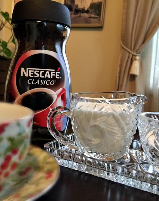 Nescafe Close up 2