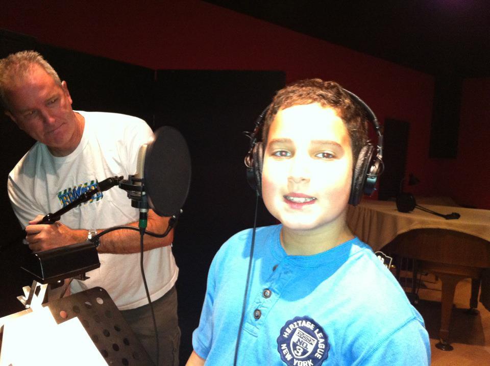 Lu in studio