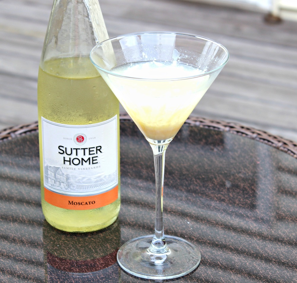 Moscato Wine Summer Cocktail