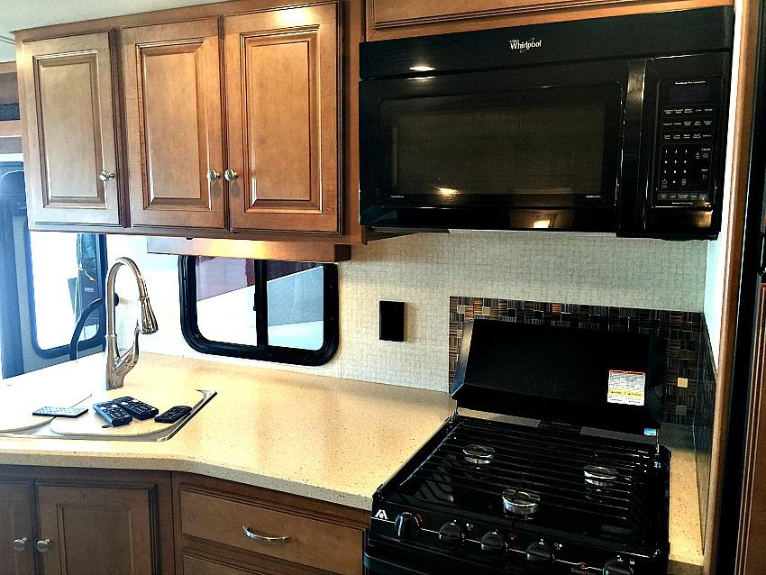 Winnebago Vista Kitchen