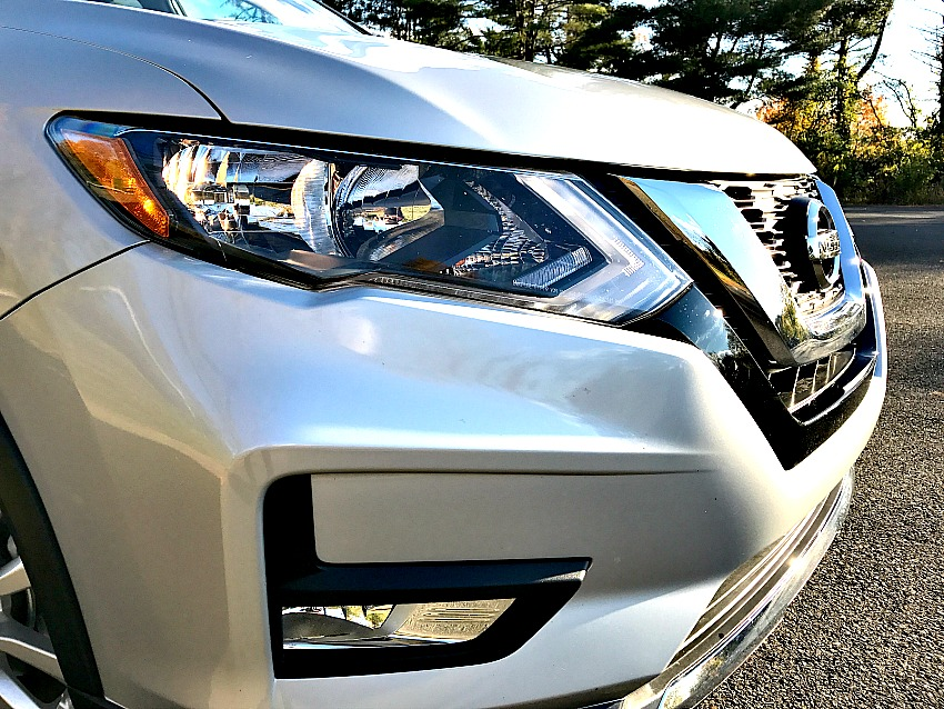 nissan-rogue-2017-front