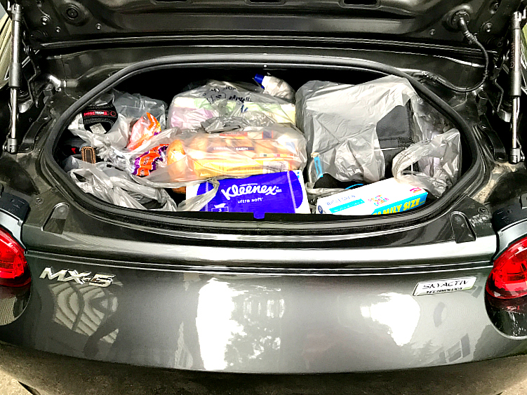 Mazda MX 5 RF trunk space