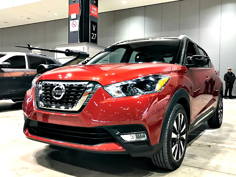 Nissan kicks at Chicago Auto show