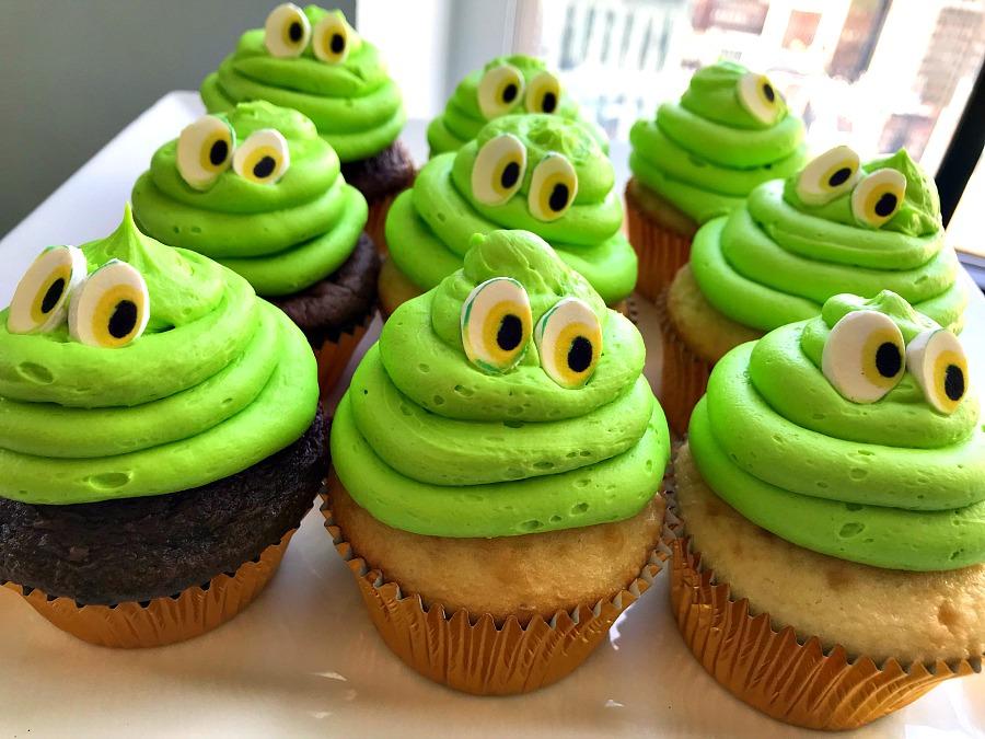 Hotel Transylvania 3 cupcakes
