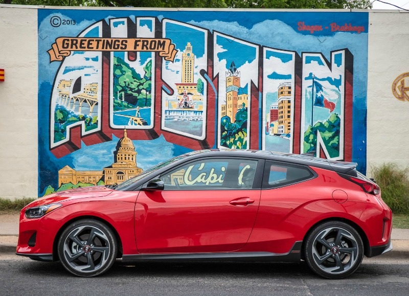 Driving the 2019 Hyndai Veloster in Austin
