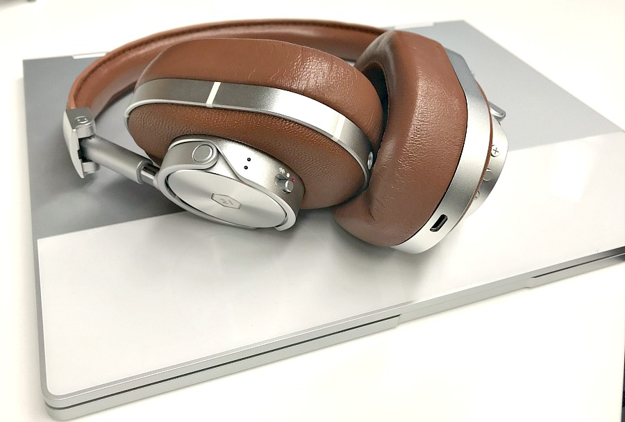 Great headphones for traveling