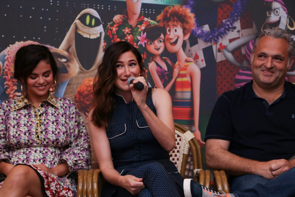 hotel transylvania 3 cast member interviews