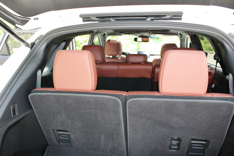 Mazda CX9 7 passenger space
