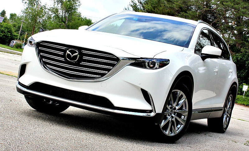 Mazda CX9 family vehicle