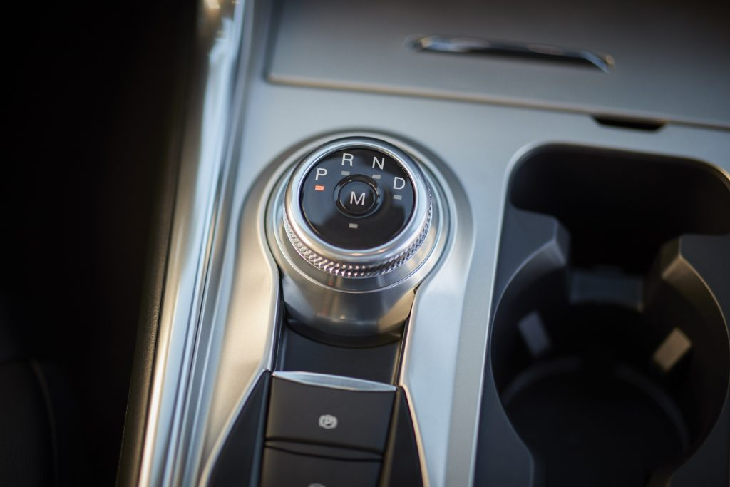 2020 Ford Explorer Drive Selector