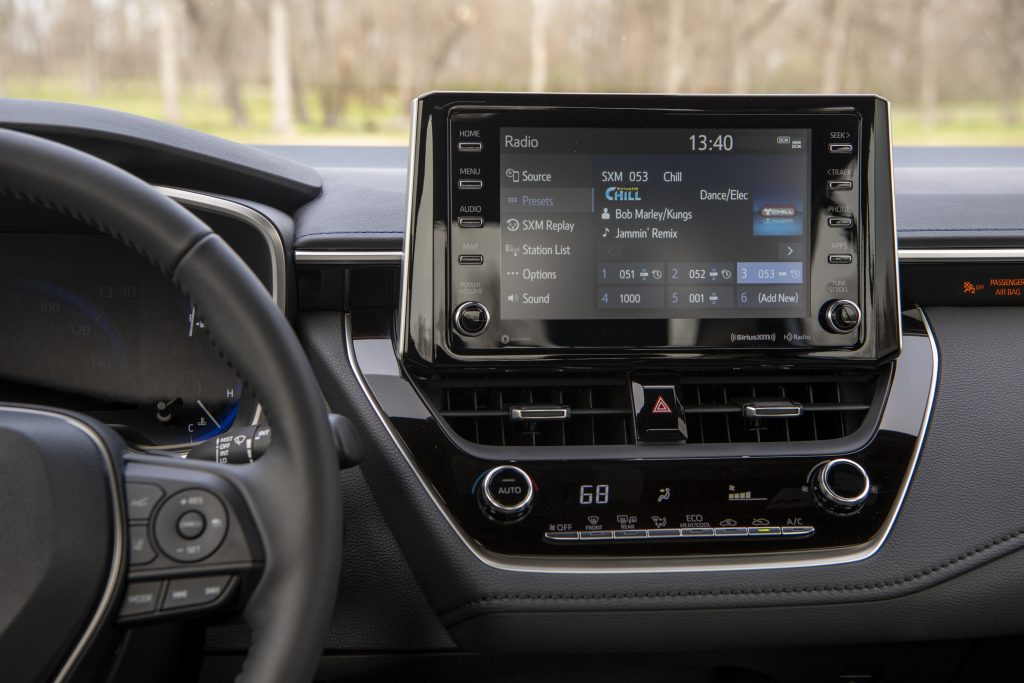 2020 Toyota Corolla Multi0-media screen