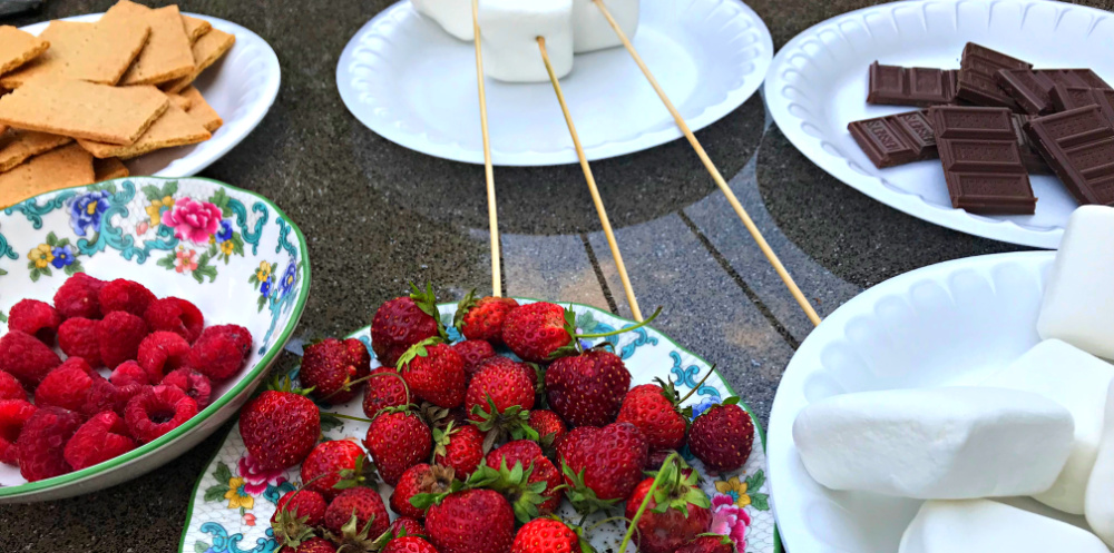 s'mores for outside gatherings