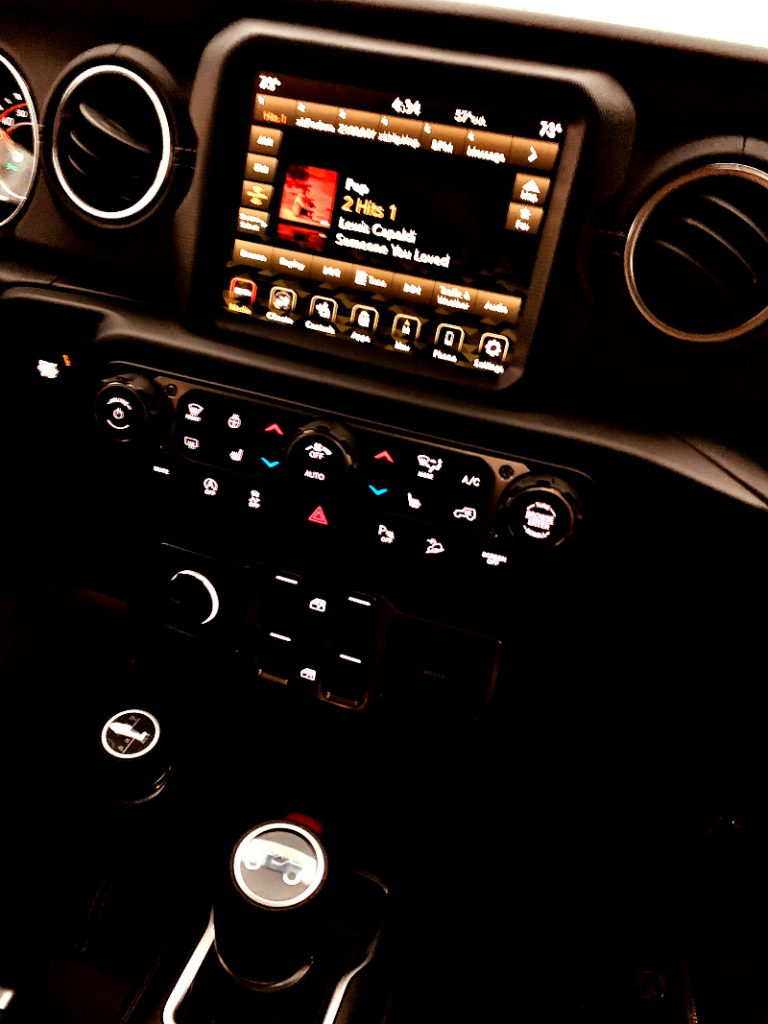 entertainment center on the 2020 Jeep Wrangler Sahara
