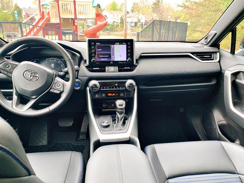 Toyota Rav4 AWD Hybrid XSE interior