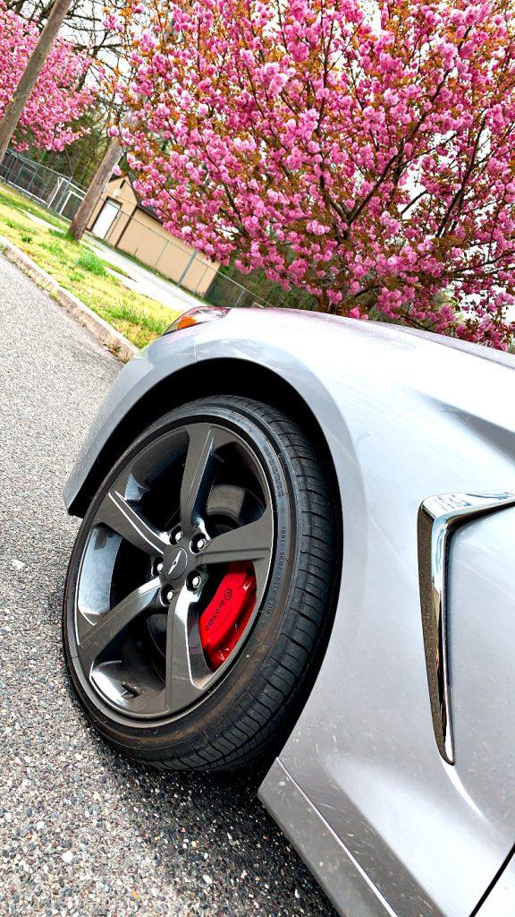 Genesis G70 AWD 3.3T Sport 19 inch wheels