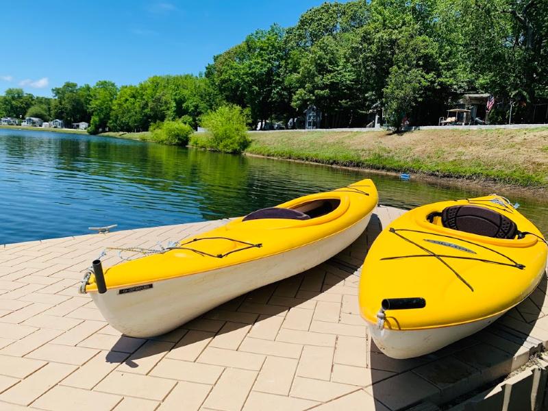 kayaks at lake laurie