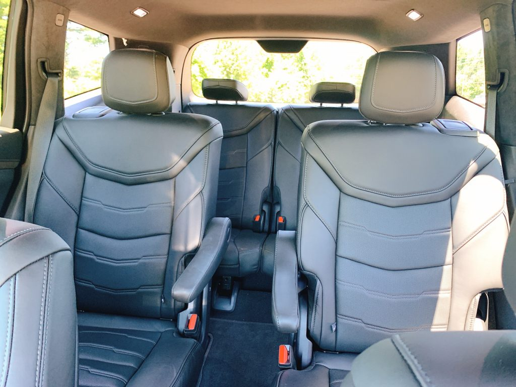 3 row seating in the Cadillac XT6