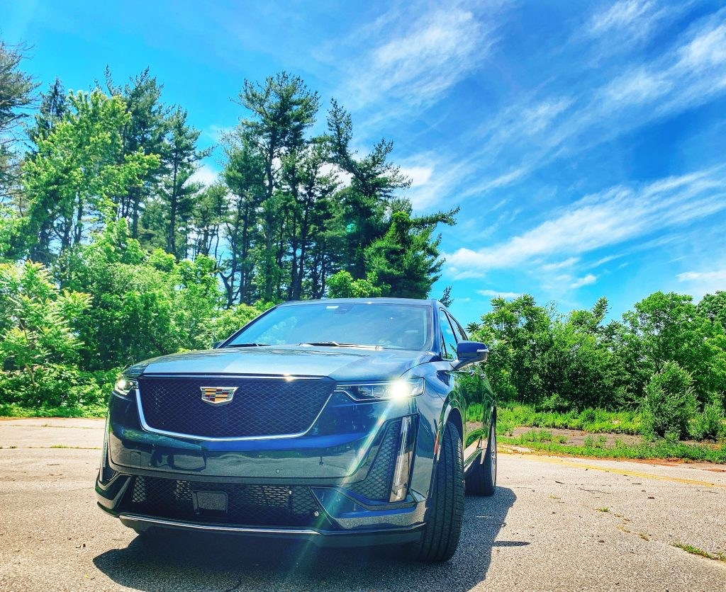 beautiful 2020 Cadillac XT6