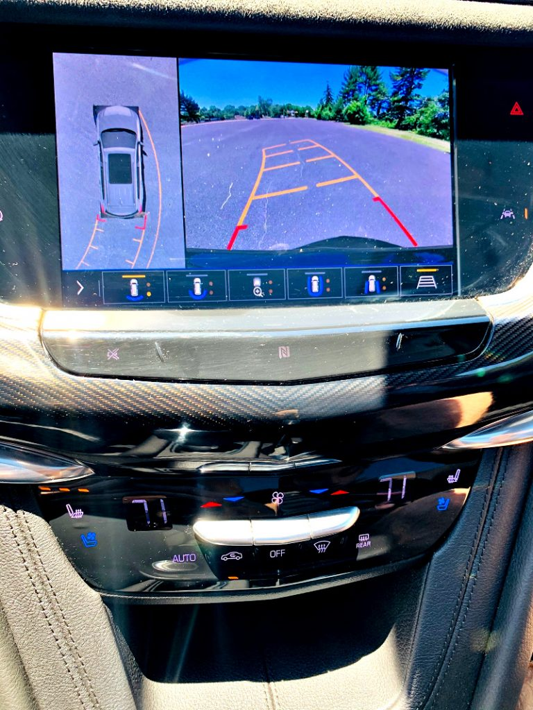 Cadillac XT6 Display Panel