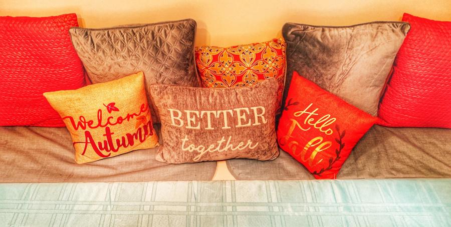 fall decor pillows