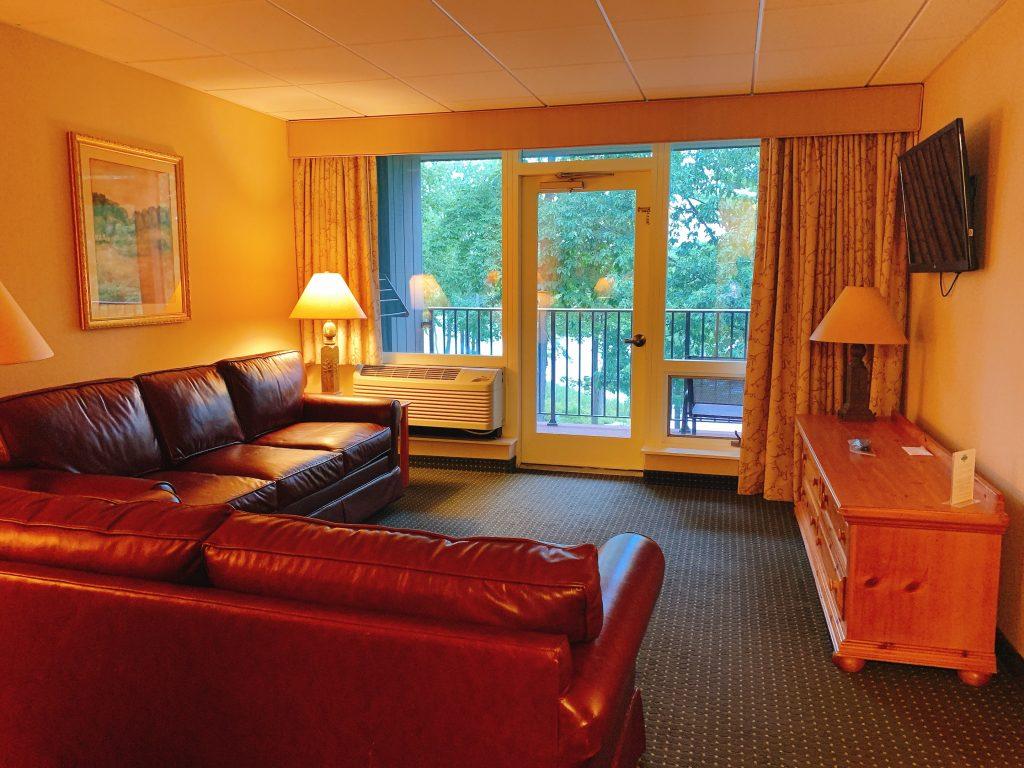 Woodloch lake view suite