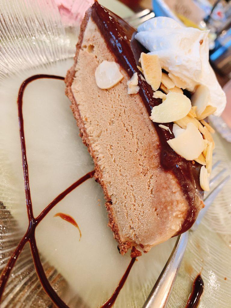 yummy Woodloch restaurant desserts