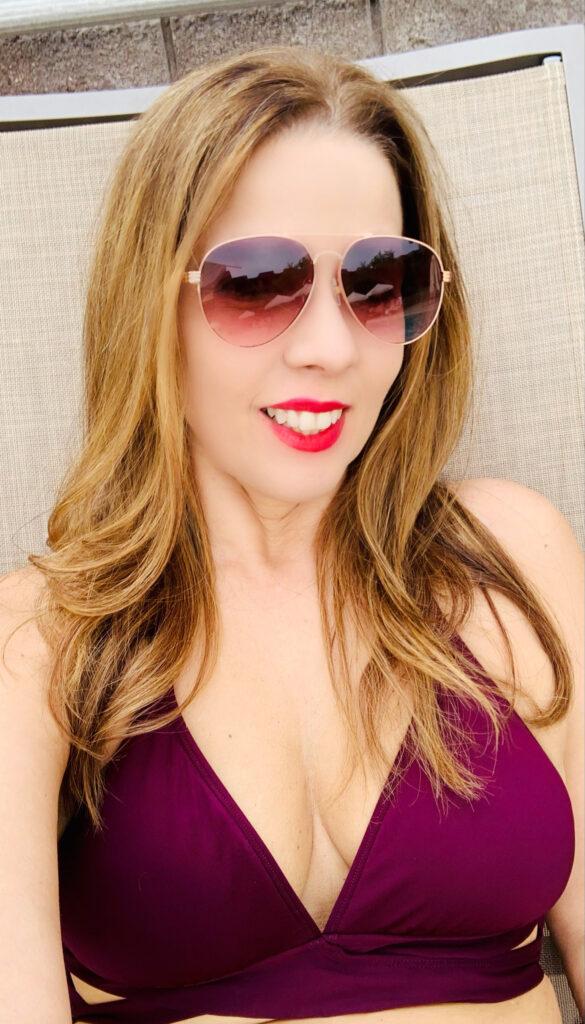 Trendy Latina at the pool