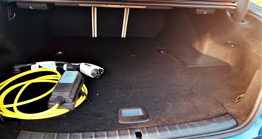 trunk space of 2021 BMW 530e