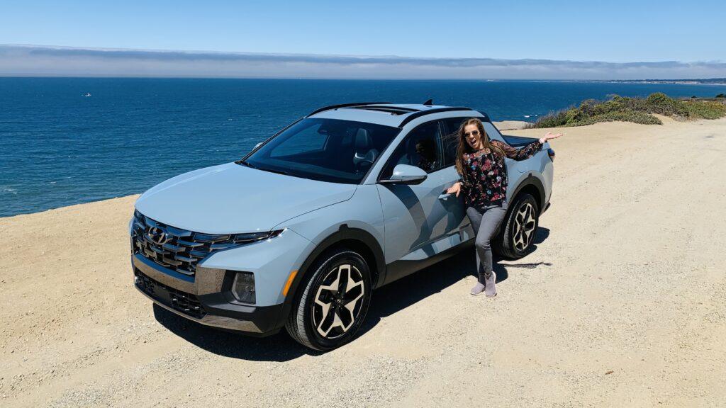Trendy Latina with the 2022 Hyundai Santa Cruz