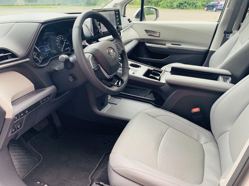 2021 Toyota Sienna Hybrid interior